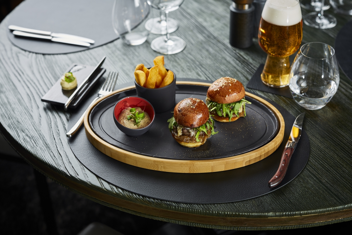 BAR MENU: MINI BURGERS